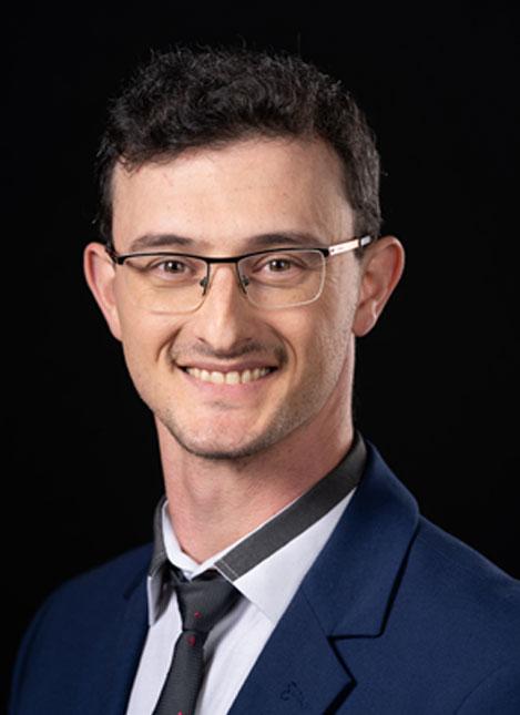 ד׳׳ר יבגני גרשמן - מומחה לרפואה פנימית, רפואת ריאות