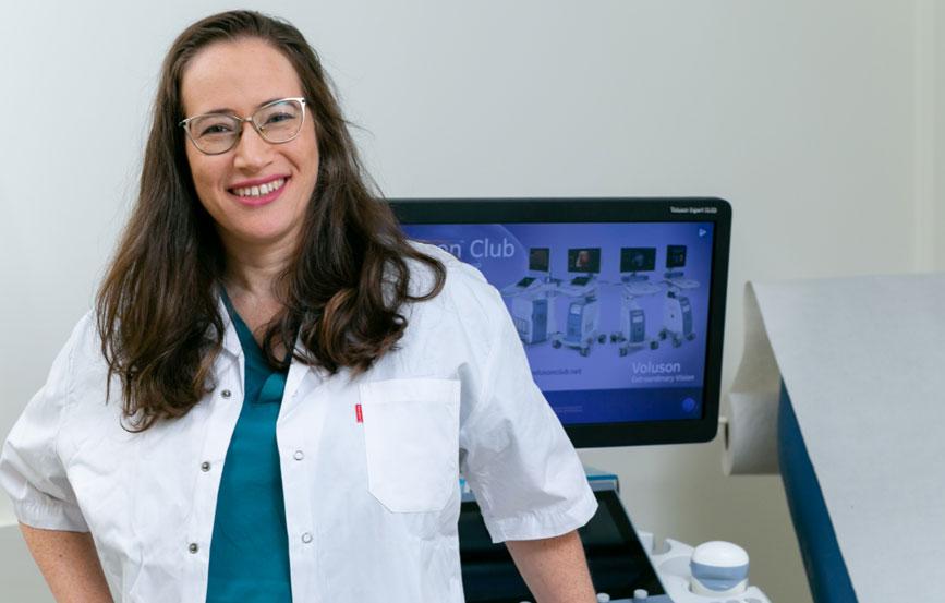 ד׳׳ר נילי רז - רופאת נשים מומחית בגניקולוגיה ומיילדות